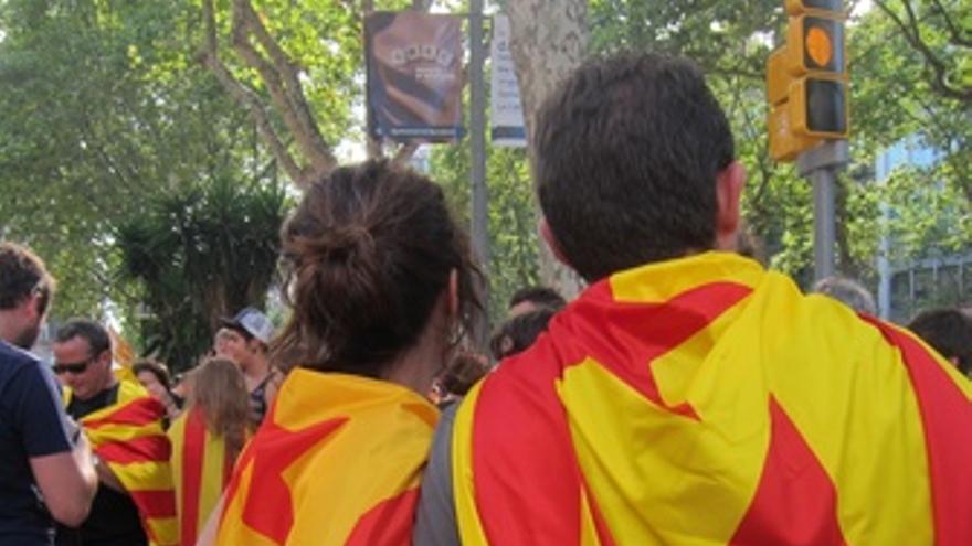 Manifestantes Por La Autodeterminación De Catalunya