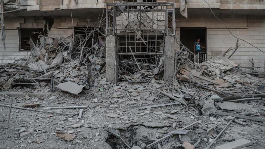 Choques en varios puntos de las afueras de Damasco por ofensivas gubernamentales