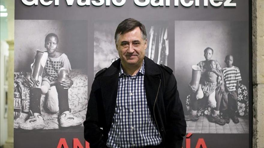 """Gervasio Sánchez critica el """"cinismo brutal"""" de los gobiernos con las guerras"""