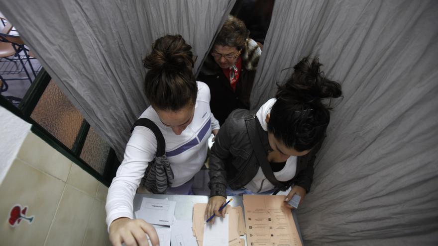 Una cabina de votación electoral para garantizar el voto secreto (EFE)