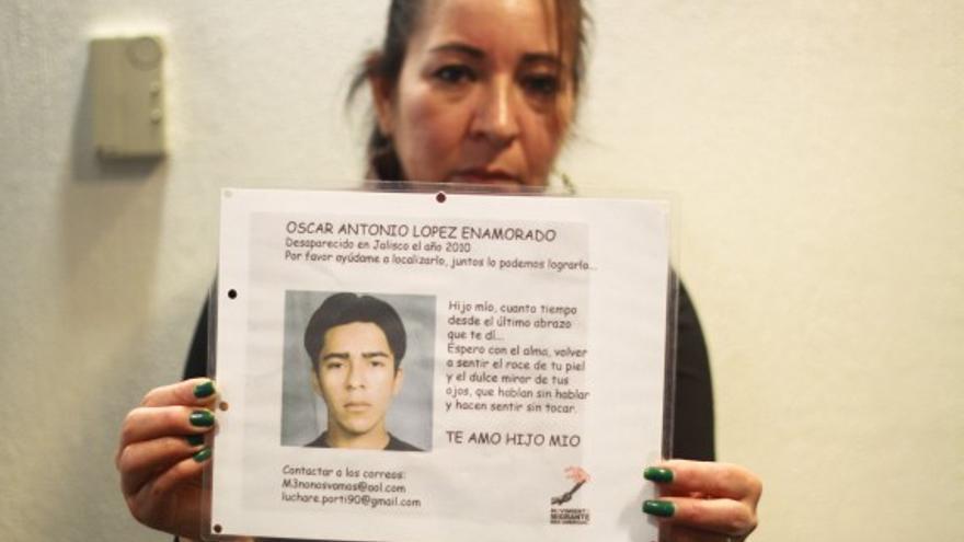 """""""Voy a buscar a mi hijo hasta mi último día"""", dice la madre de uno de los migrantes desaparecidos./ Foto: Antonio Cruz/ SinEmbargo"""