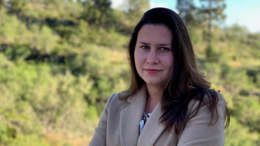 """Mónica Gómez (CC): """"El Ayuntamiento de Puntagorda no puede poner a un cargo político a sustituir a la directora de la residencia de mayores"""""""