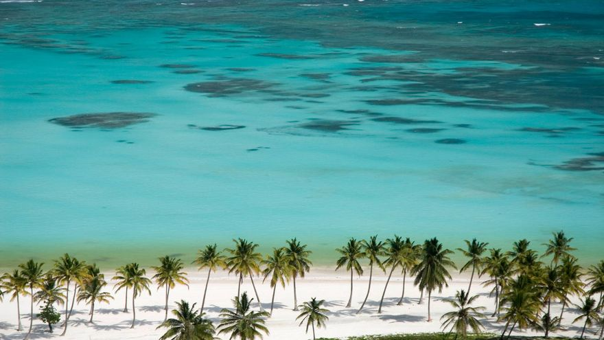 Imagen aérea de la Playa Juanillo, una de las mejores de Punta Cana. TURISMO REPÚBLICA DOMINICANA