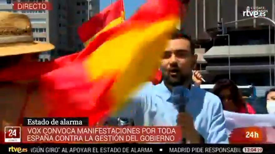 Difícil situación para un periodista de TVE que informaba sobre la manifestación de Vox en Madrid