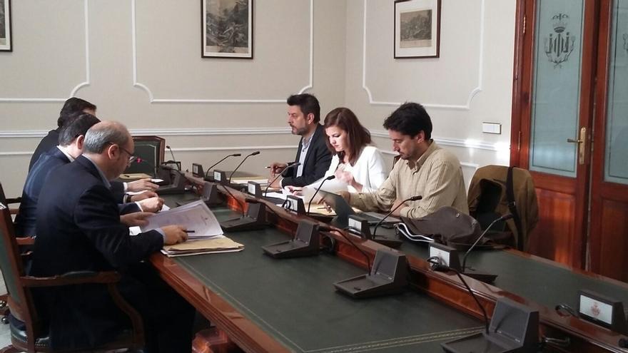 La Comisión de Investigación municipal, a la espera de Barberá tras no comparecer ninguno de los citados