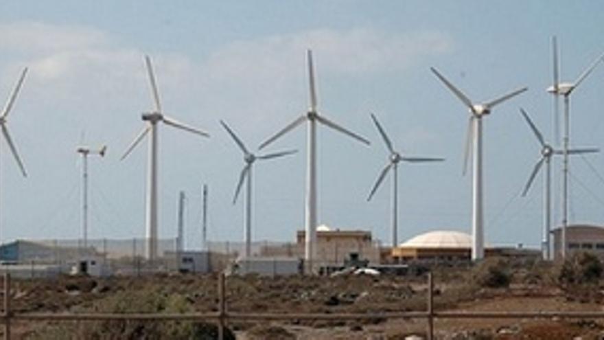 La energía eólica ahorra 36 millones a las islas