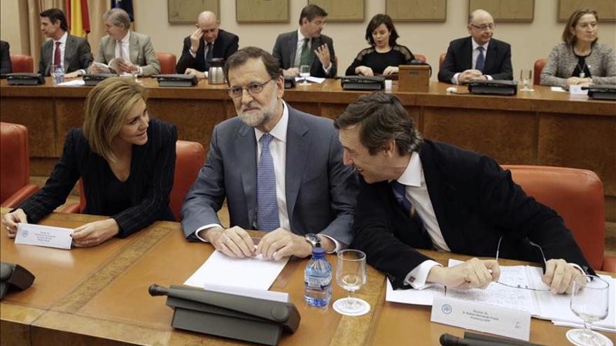 Mariano Rajoy, durante la reunión en el Congreso con los diputados de su grupo.