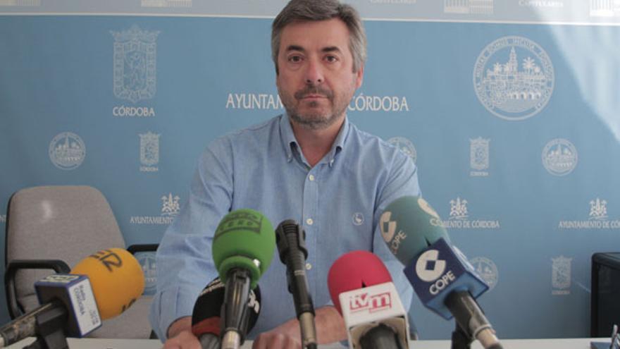 Miguel Ángel Torrico, en la sala de prensa del Ayuntamiento   RAFAEL MELLADO