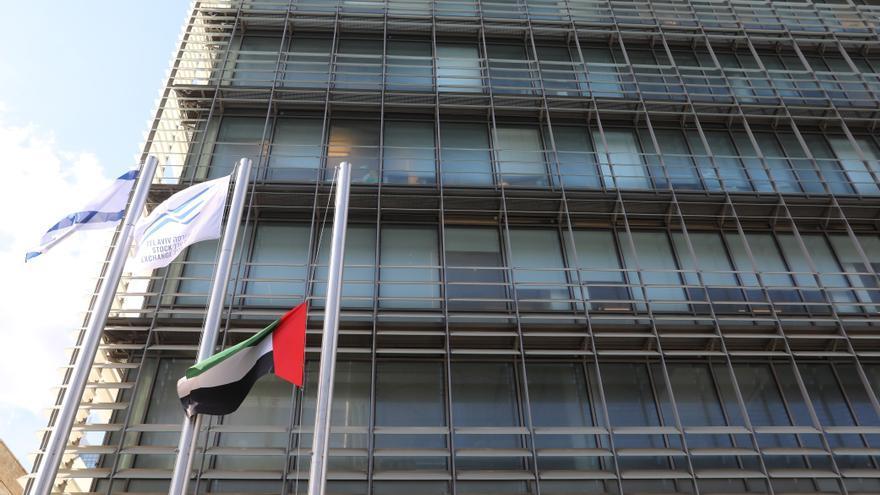 Emiratos Árabes Unidos inaugura su embajada ante Israel en Tel Aviv