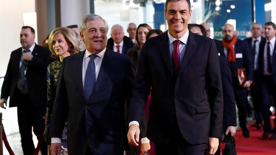Pedro Sánchez y Antonio Tajani.