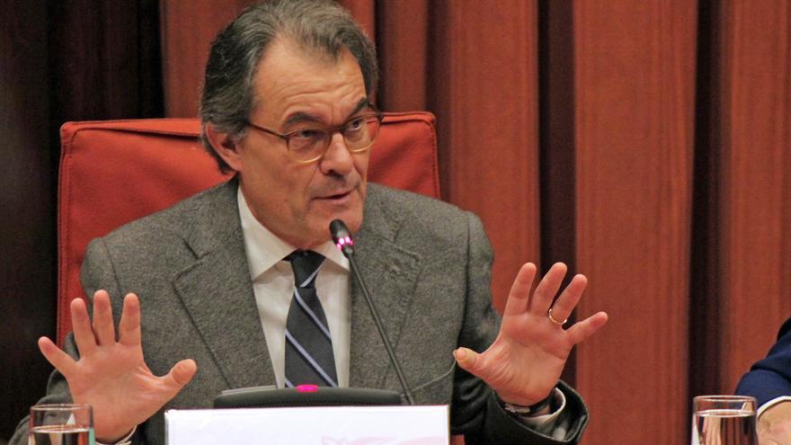 Artur Mas durante la comparecencia ante la comisión de Asuntos Institucionales del Parlament