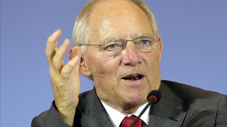 Schäuble alerta sobre la falta de impulso por la política monetaria del BCE