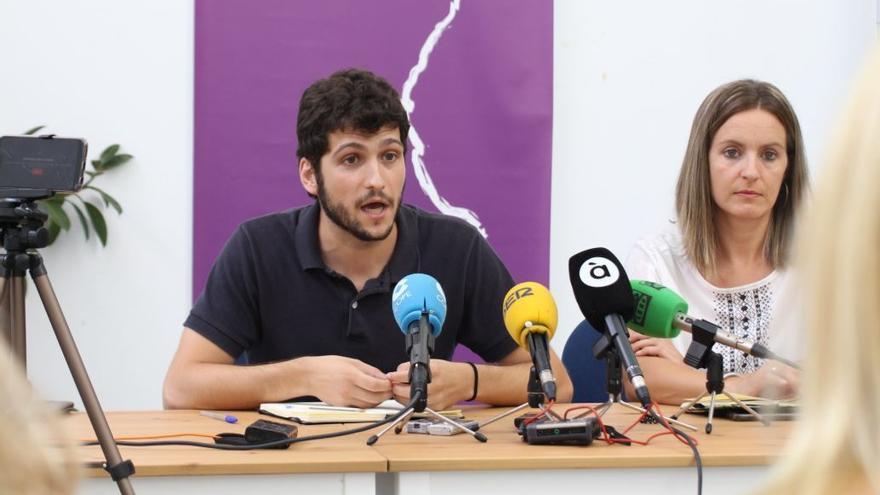 Antonio Estañ y Ángela Ballester, portavoces de Podemos
