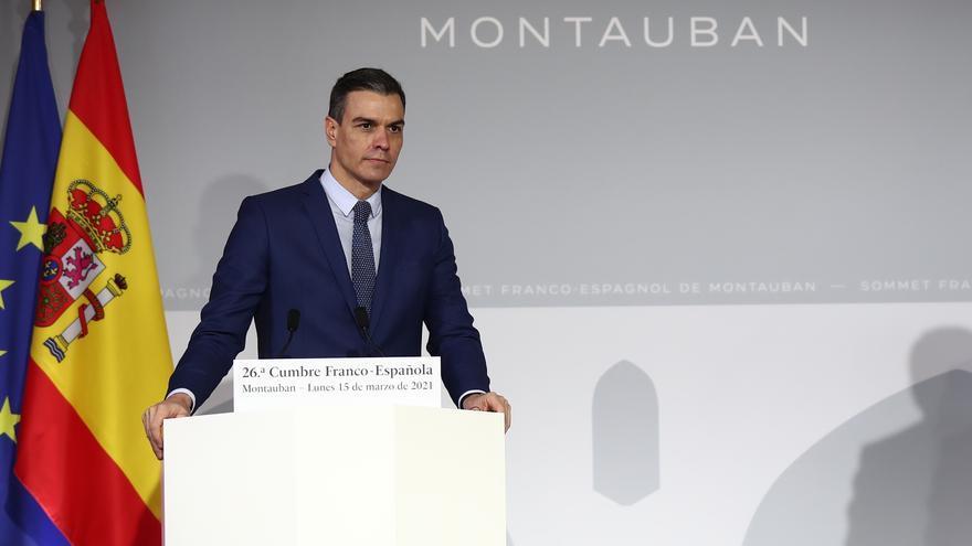 Pedro Sánchez durante su comparecencia junto a Emmanuel Macron