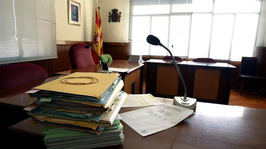 120 euros mensuales más y jornada reducida en verano para el sector de Justicia