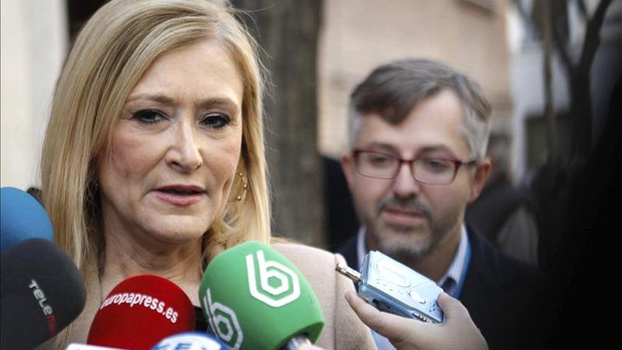 Cifuentes apela a la responsabilidad de PSOE para evitar unas nuevas elecciones