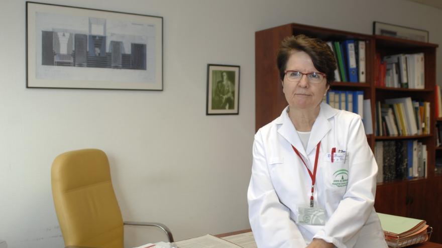 La doctora María José Requena, jefa del servicio de Urología en el hospital Reina Sofía de Córdoba.