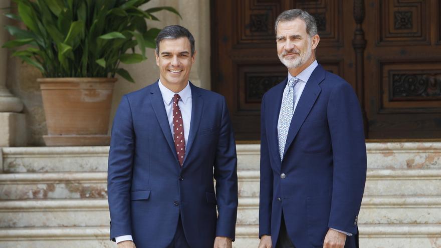 Sánchez y el rey, durante su último encuentro en Marivent, a principios de agosto.