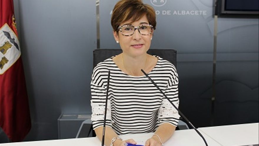 Mª Ángeles Martínez Paños