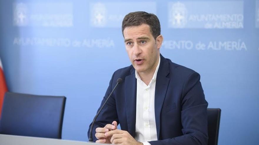 """Castellón achaca a un """"error"""" que se le investigue judicialmente y dice que no intervino en la adjudicación"""