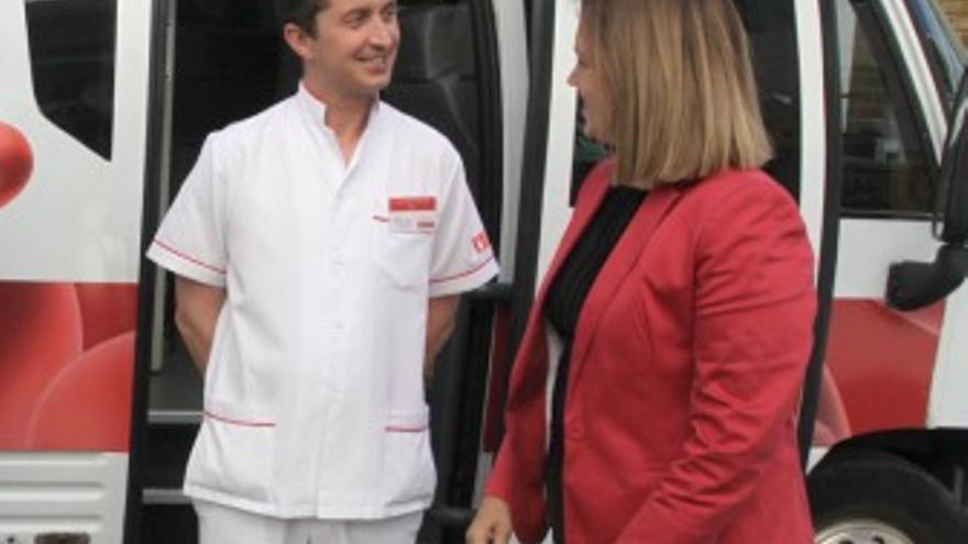 Unidad móvil del Instituto Canario de Hemodonación y Hemoterapia en Lanzarote. (EUROPA PRESS)