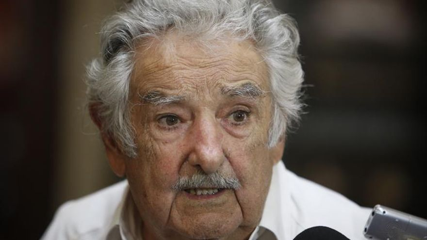 Mujica aceptaría mediar el conflicto de Venezuela si Uruguay se lo pide