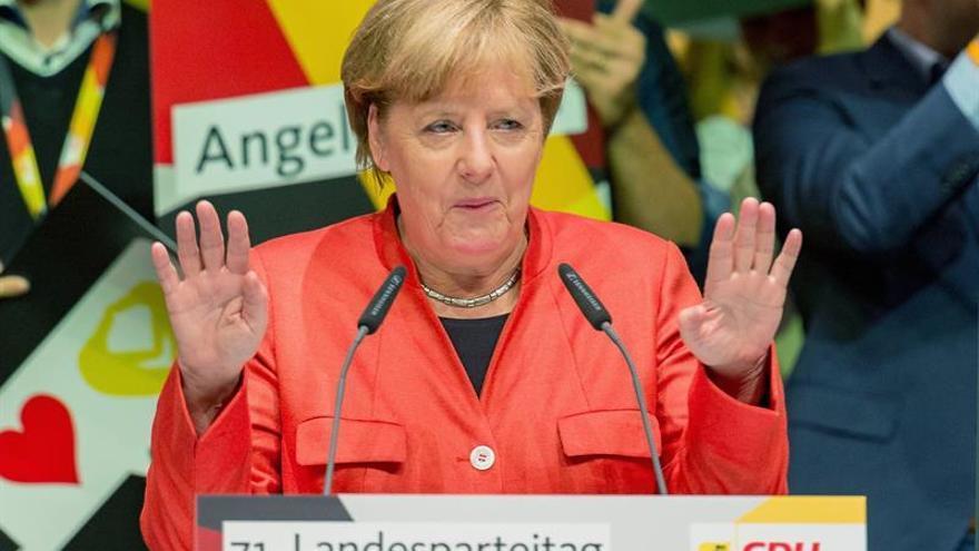 Merkel expresa a Peña Nieto su solidaridad y pesar por las víctimas del terremoto