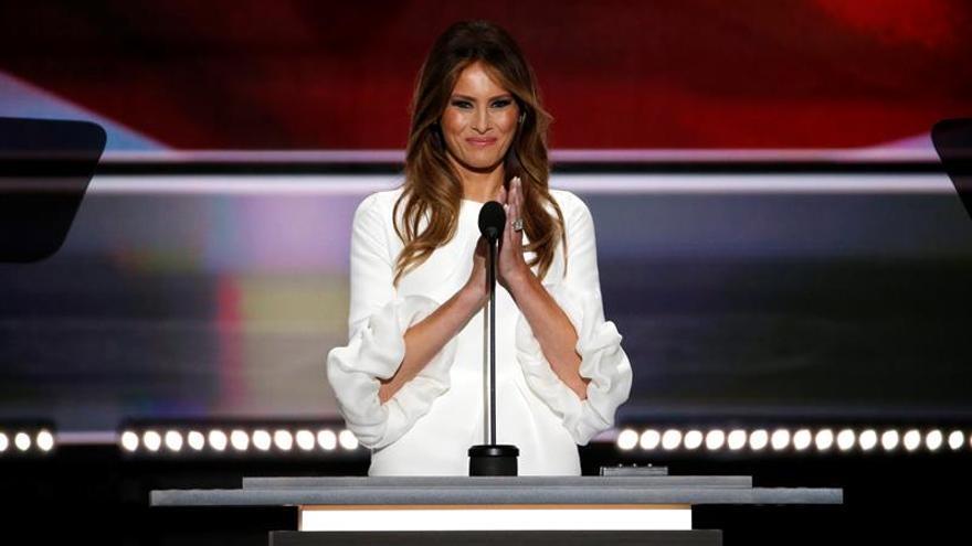Los delegados de la Convención Republicana desdeñan la polémica por el discurso de Melania