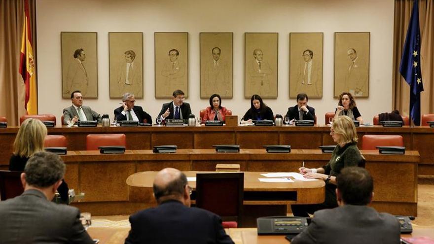 """Catalá dice que """"un referéndum sí o sí"""" en Cataluña no es ejemplo de diálogo"""
