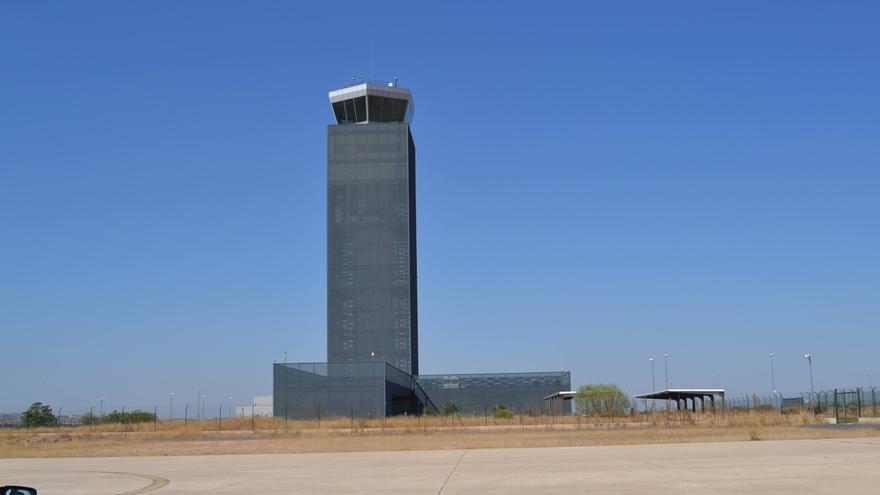 Torre de control  del aeropuerto de Ciudad Real