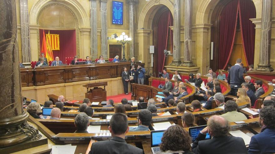 JxSí y la CUP pactan una moción soberanista conjunta que el Parlament aprobará el jueves