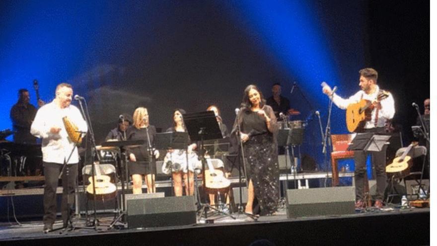 Actuación de Los Viejos en Gran Canaria.