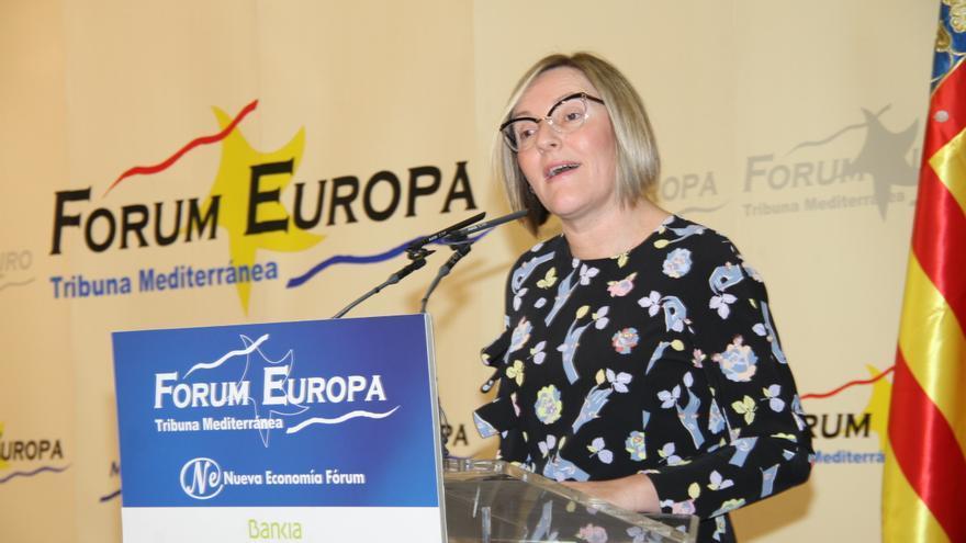 La consellera de Obras Públicas, María José Salvador, en el Fórum Europa Tribuna Mediterránea