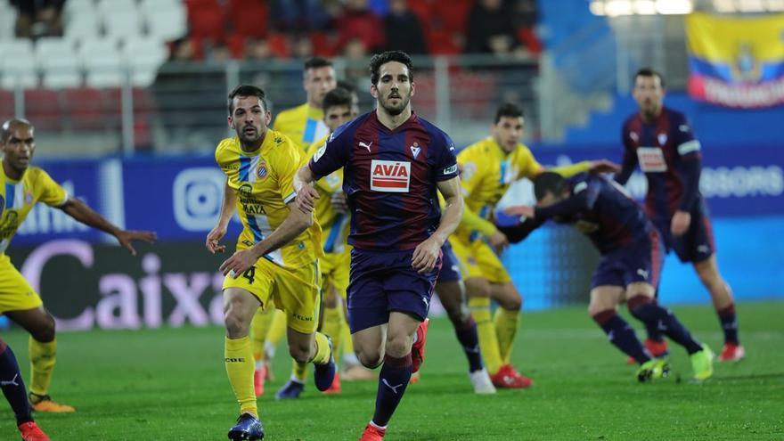 Pedro Bigas, en una partido con la camiseta armera