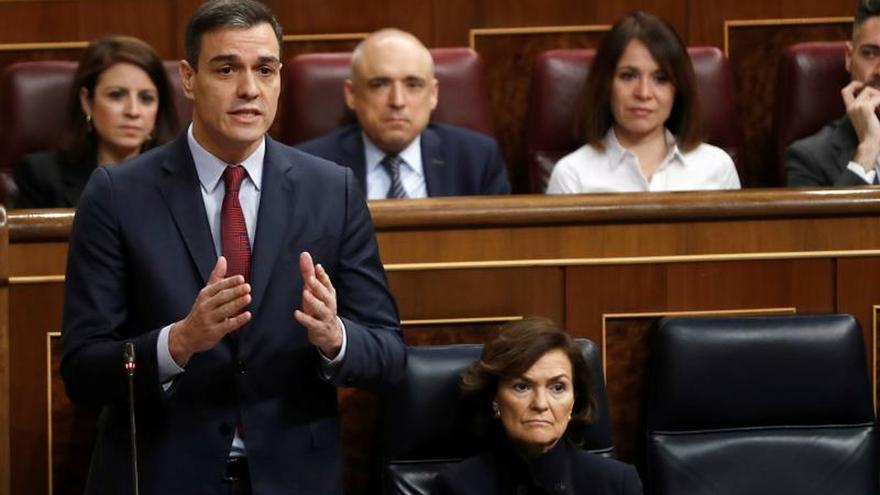 Pedro Sánchez responde a Pablo Casado en la sesión de control.