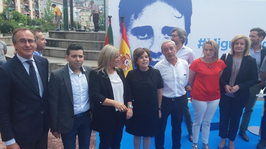 """Santamaría defiende que la prioridad sea el regreso de los """"empujados al exilio por el terror"""" y """"no el acercamiento"""""""