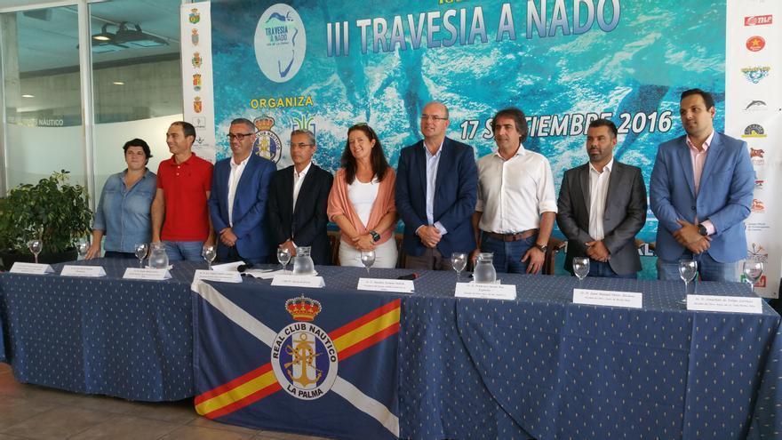 Presentación, este viernes, de la III Travesía a Nado Isla de La Palma. Foto: LUZ RODRÍGUEZ.