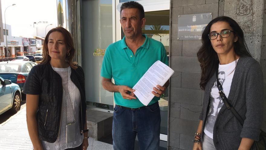 El portavoz del PP en el Ayuntamiento de La Oliva (Fuerteventura), Claudio Gutiérrez presenta una denuncia ante la Fiscalía