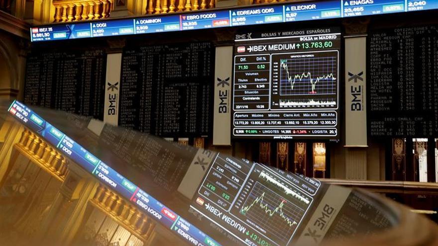 La banca valora la subida de tipos de la Fed y el IBEX sube un 0,38 por ciento