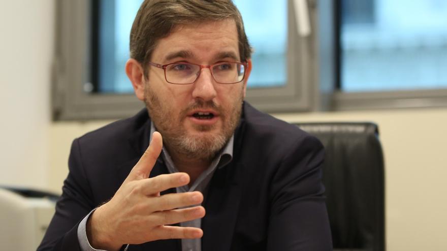 """Urquizu (PSOE) no ve asimetría con el PSC y apuesta por no """"estropear"""" una relación que ha funcionado"""