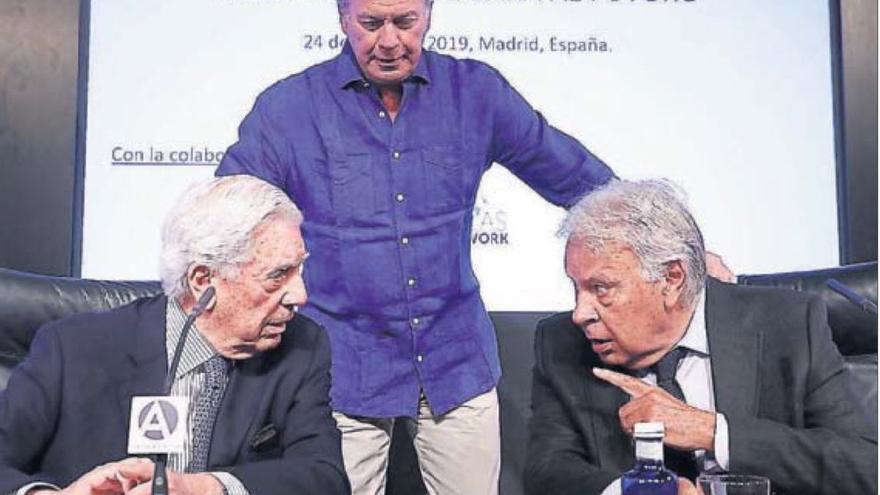 Gonzalez, Vargas Llosa y Bertín Osborne
