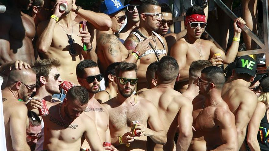 Organizadores del Orgullo Gay anuncian que cambian el recorrido del desfile