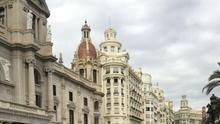 La peatonalización de la plaza del Ayuntamiento de València coge velocidad