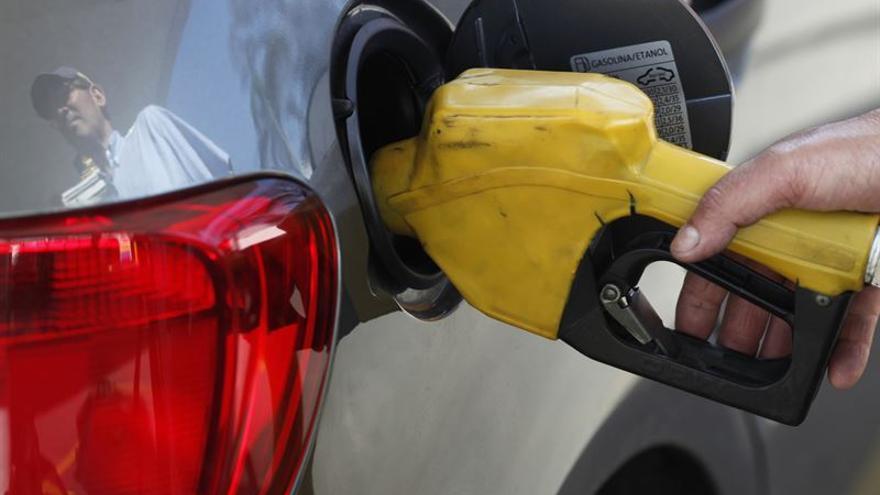 Canarias sufre el precio de los carburantes antes de impuestos más alto de España y la eurozona