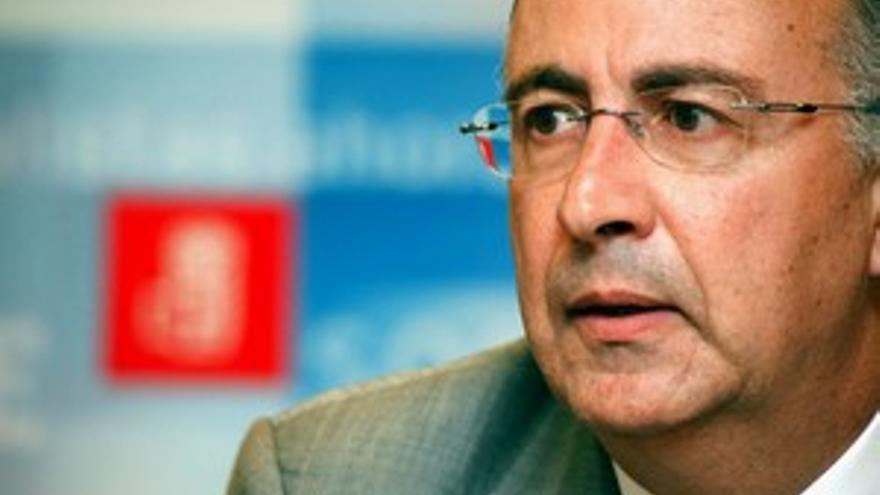 Hernández Spínola, portavoz del PSC en el Parlamento.