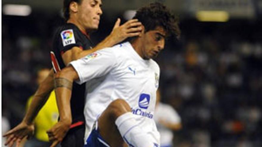 Román Martínez, en el partido ante el Athletic de Bilbao. (CANARIAS AHORA)