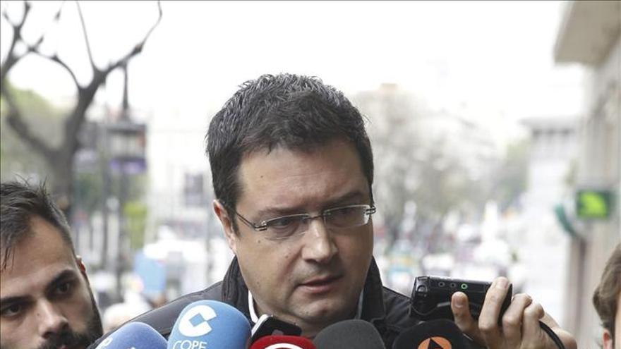 """Óscar López exige al Gobierno que """"escuche a la calle"""" y busque acuerdos"""