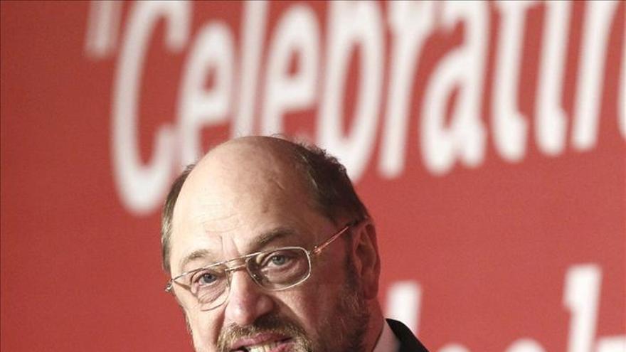 El presidente del PE pide que las rebajas en las cotizaciones impliquen compromisos de empleo