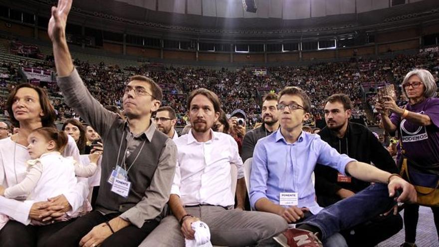 La cúpula de Podemos, diana en discursos y tertulias políticas. Foto. Marta Jara