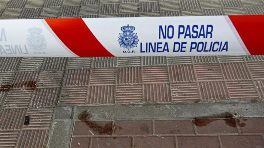 Mueren dos personas en un incendio en una vivienda en Sevilla